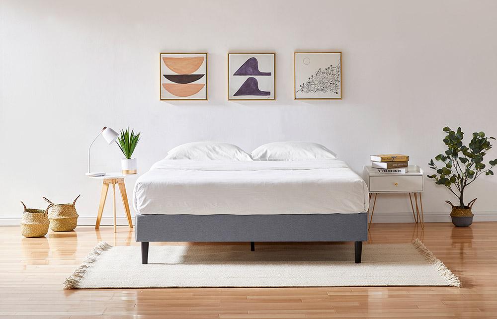Platform Bed Image 1