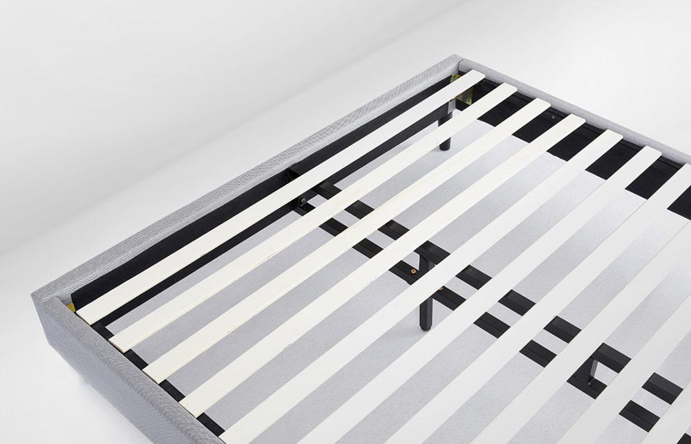 Platform Bed Image 4
