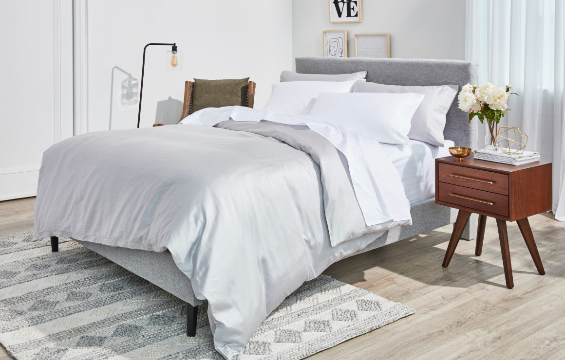 The Most Comfortable Bed Sheets Silk Snow